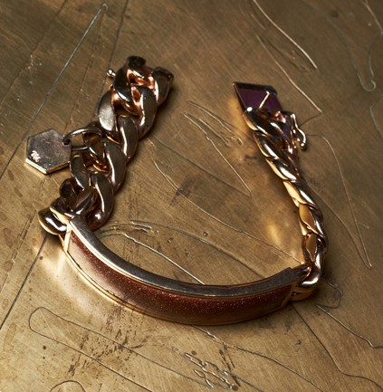 gold-plated-id-bracelet-with-sandstone